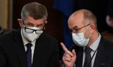 Premiér Andrej Babiš a bývalý ministr zdravotnictví Jan Blatný (oba za ANO)  (ČTK)