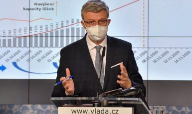 Ministr průmyslu a obchodu a ministr dopravy Karel Havlíček (za ANO)  (ČTK)