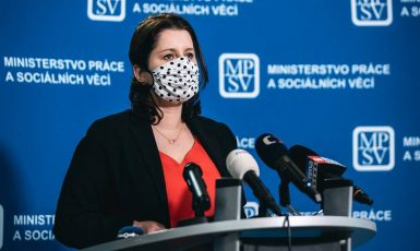 Ministryně práce a sociálních věcí Jana Maláčová (ČSSD) (FB JM)