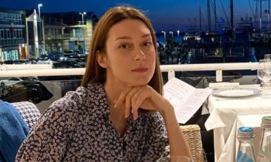 Anastassia Khozissová (IG @anastassiakhozissova)