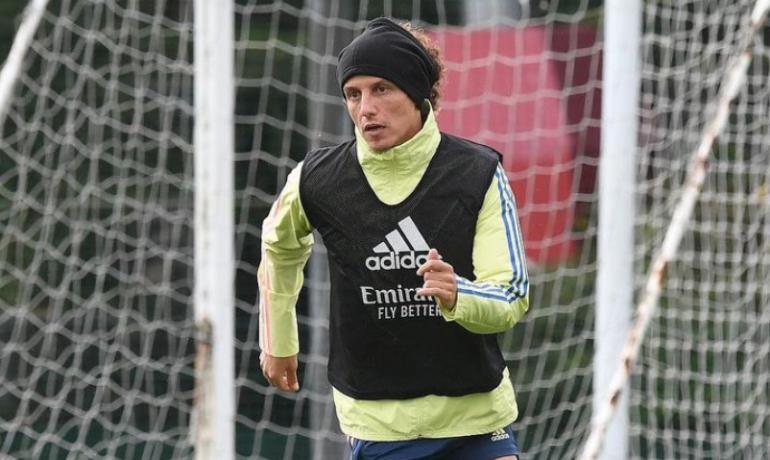 David Luiz na tréninku Arsenalu. (IG @davidluiz_4)