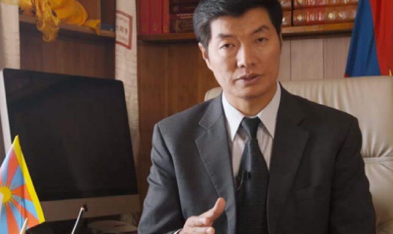 Předseda tibetské exilové vlády Lobsang Sangay. (youtube)