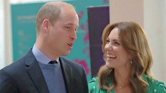 Princ William s manželkou Kate  (twitter @lovecambridges_)