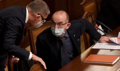 Premiér Andrej Babiš a ministr zdravotnictví Jan Blatný (oba za ANO)  (ČTK)