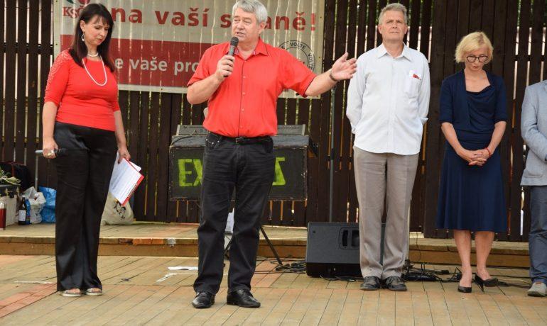 Vedení komunistické strany (KSČM)