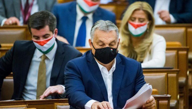 """Je """"konzervativec"""" Viktor Orbán jen obratný populista? (Pannon RTV)"""