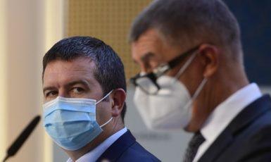 Ministr vnitra Jan Hamáček (ČSSD) a premiér Andrej Babiš (ANO) (ČTK)