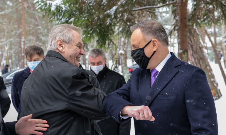 Prezident Miloš Zeman a polský prezident Andrzej Duda. (twitter @prezydentpl)