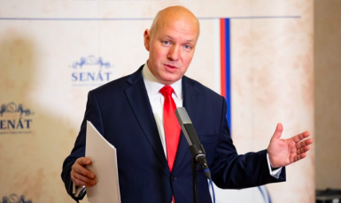 Senátor Pavel Fischer (Senát Parlamentu ČR)