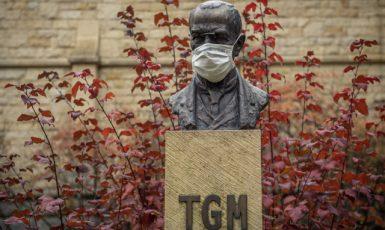Busta T. G. Masaryka v severočeském Liberci  (ČTK/Petrášek Radek)