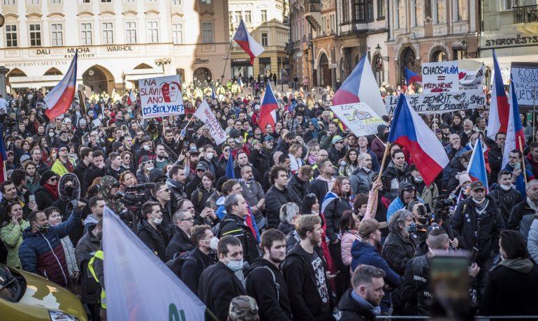 Demonstrace antirouškařů. (Alena Spálenská. Se svolením autora.)