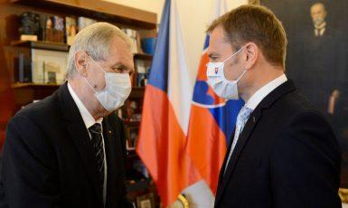 Prezident Miloš Zeman přijal tehdejšího slovenského premiéra Igora Matoviče (FB Miloš Zeman)