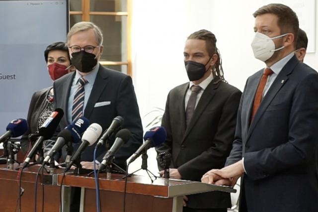 Zástupci demokratické opozice (SPOLU, Piráti a STAN) (ČTK)