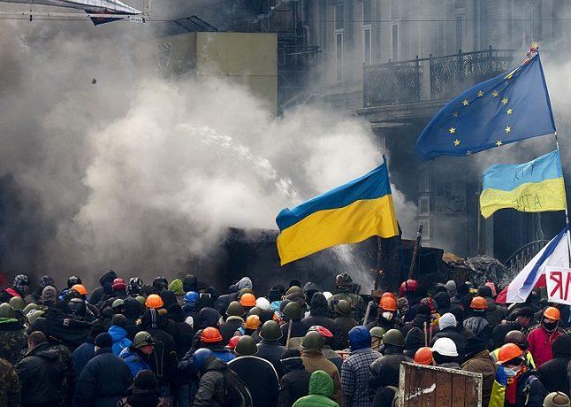Euromajdan v Kyjevě byl též demonstrací ukrajinského evropanství (2014) (Wikimedia Commons)