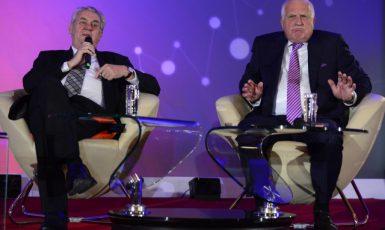 Zeman a Klaus na pražské konferenci 25 let kapitalismu v ČR (15. 11. 2014) (ČTK/Vondrouš Roman)