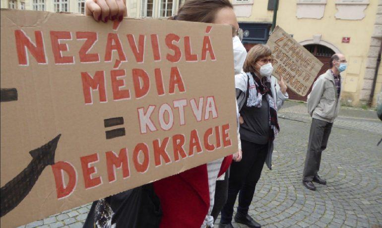 Demonstrace za nezávislost České televize. (Jiří X. Doležal)