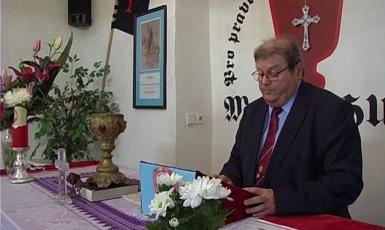Předseda ČSBS Jaroslav Vodička během bohoslužby Církve husitské Jana Žižky z Trocnova v Teplicích (foto: archiv HlídacíPes.org)