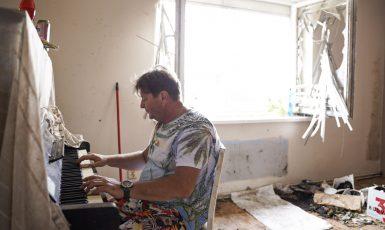 Tornádo vzalo panu Milošovi dům (Ray Baseley)