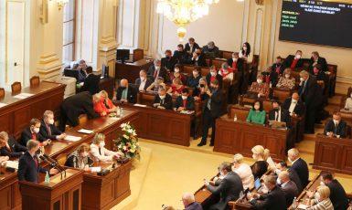 Jednání poslanecké sněmovny. (Poslanecká sněmovna)