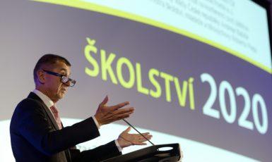 Andrej Babiš na konferenci Školství 2020 – vzdělání mělo být prioritou jeho vlády, realita je však odlišná (15. 10. 2019) (ČTK/Šulová Kateřina)