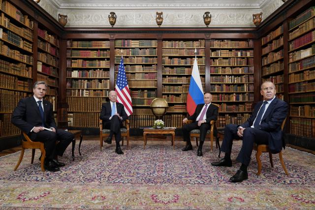 Americký prezident Joe Biden a jeho ruský protějšek Vladimir Putin. (ČTK)