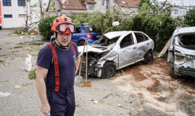 Hrozivé následky tornáda na jižní Moravě (Ray Baseley)