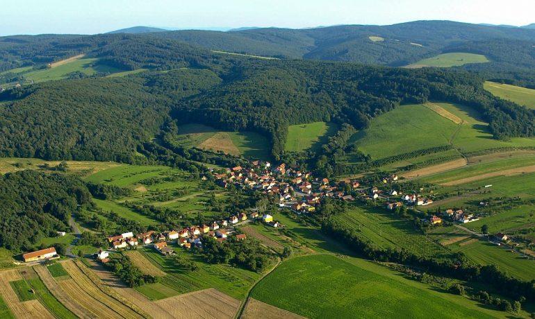 Příroda je v našich rukou - Hostětín v Bílých Karpatech (Pravý břeh)