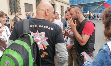 Ilustrační foto, demonstrace proti očkování a dalším opatřením, 9. 6. Malostranské náměstí v Praze  (Jenny Nowak / Se svolením autora)