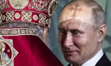 Vladimir Putin a patriarcha moskevský a celé Rusi Kirill o Velikonocích roku 2019 (ČTK/AP/Alexander Zemlianichenko)