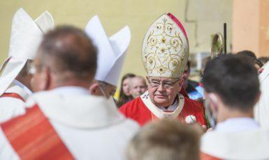 Kardinál Dominik Duka, arcibiskup pražský, v Nepomuku při slavnostní pouti k 300. výročí blahořečení Jana Nepomuckého (16. 5. 2021) (ČTK/Chaloupka Miroslav)