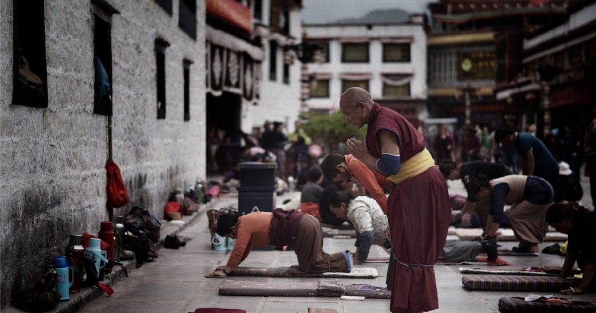 Stabilizace společnosti v Tibetu: totální kontrola a represe