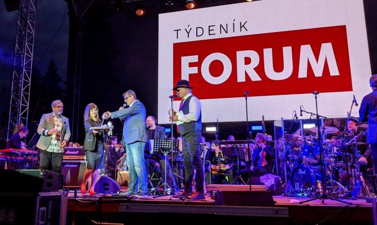 Křest Týdeníku forum (Alena Spálenská / se svolením autorky)