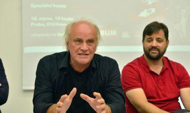 Tisková konference ke koncertu 30 let bez okupantů (Zbyněk Pecák)