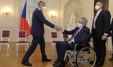Premiér Babiš na konzultaci u prezidenta Zemana v Lánech (28. 6. 2021) (ČTK/Šulová Kateřina)