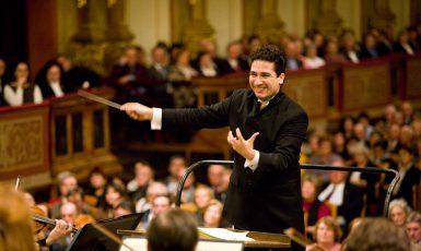 Kolubijský dirigent Andrés Orozco-Estrada. (Dvořákova Praha)