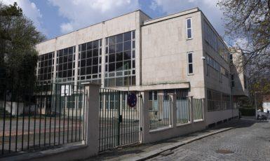 Jedna z budov Střední školy při Velvyslanectví Ruské Federace v Česku (ČTK/Deml Ondřej)