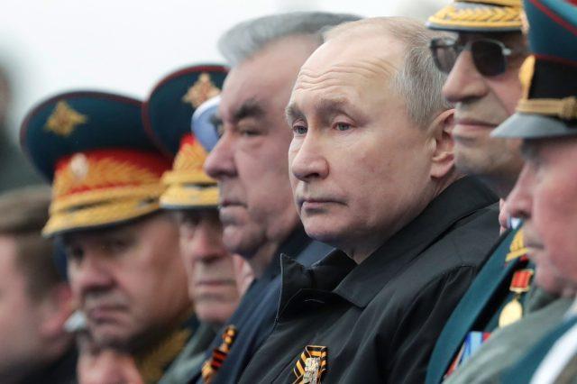 Ruský prezident Putin na oslavě Dne vítězství v Moskvě (9. 5. 2021) (ČTK/AP/Mikhail Metzel)