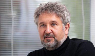 Petr Smejkal, hlavní epidemiolog Institutu klinické a experimentální medicíny (IKEM) a vedoucí Mezioborové skupiny pro epidemické situace (MeSeS). (Profimedia)