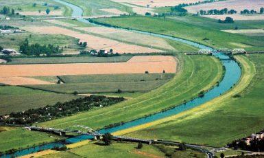 Trasa vodního koridoru D–O–L je plánována odlehčovacím kanálem kolem města Racibórz, který byl vybudován, aby umožnil budoucí plavbu. (commons.wikimedia.org/CC BY 3.0/Jaroslav Kubec)